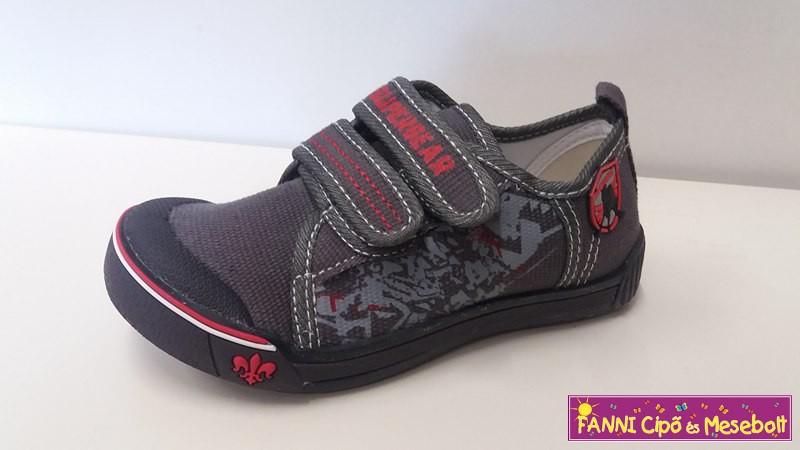 Super Gear fiú vászoncipő 26-31 - Fanni cipő és mesebolt cd1da3afee